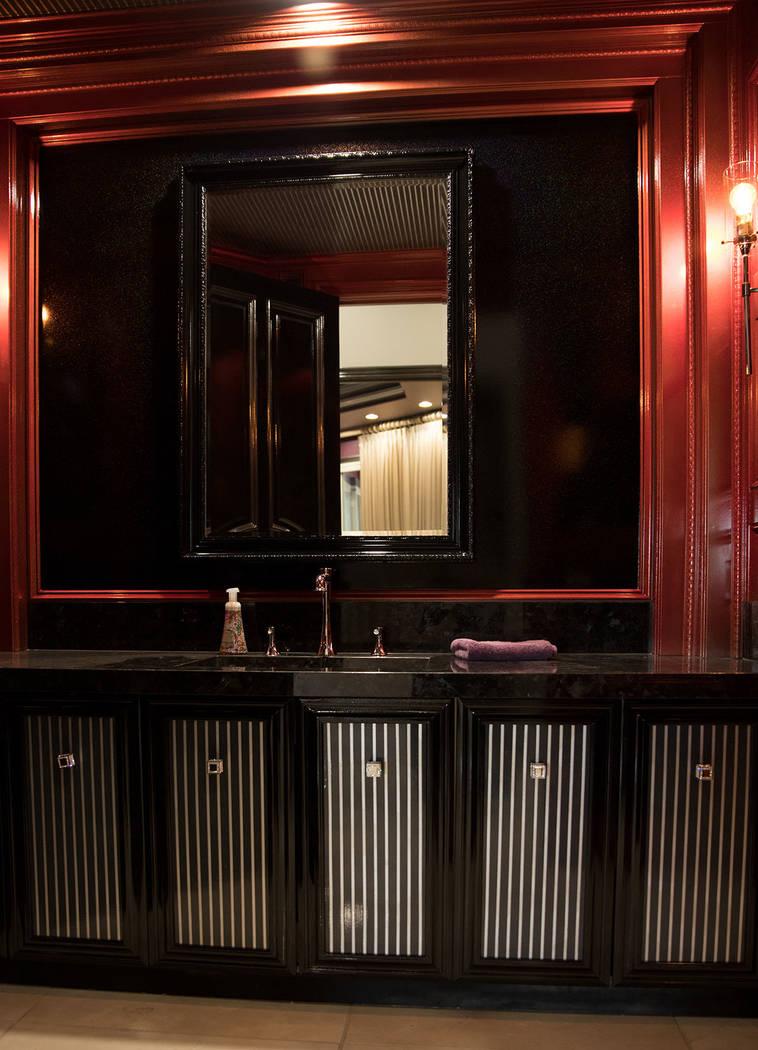 His master bath has dark features. (Tonya Harvey Real Estate Millions)