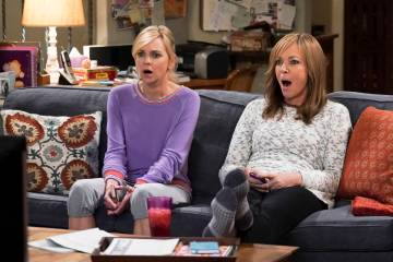 """Kalamazoo and a Bad Wedge of Brie"" -- Christy's plan to win her sponsor's approval backfires and the ladies rush in to help after Jill's house is broken into, on MOM, Thursday, Jan. 31 ..."
