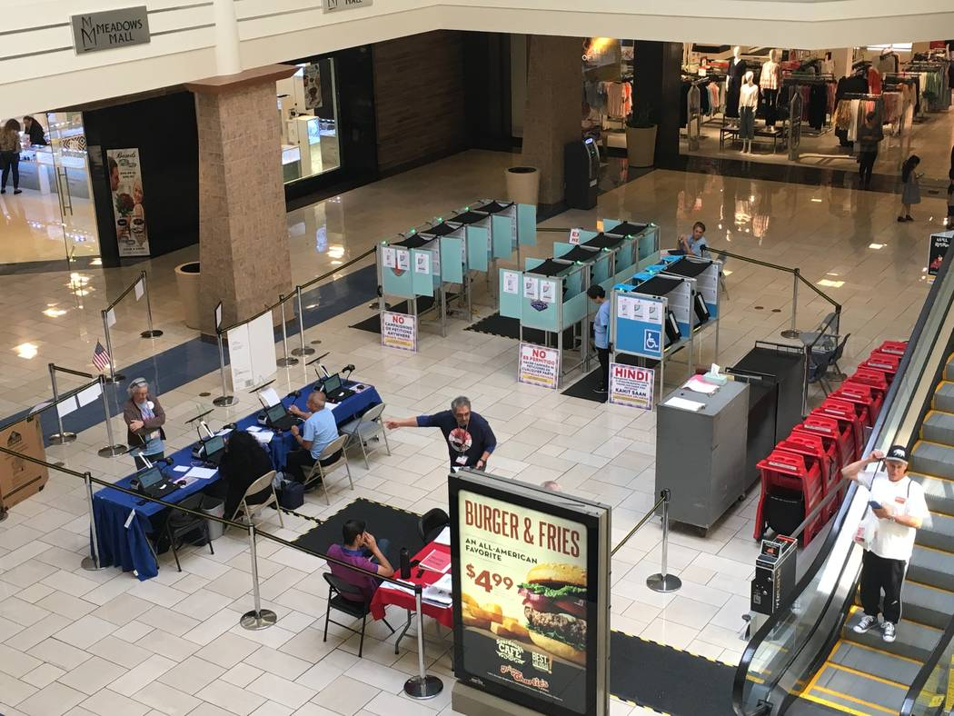 An early voting site at the Meadows Mall in Las Vegas on Saturday, March 23, 2019. (Las Vegas Review-Journal)
