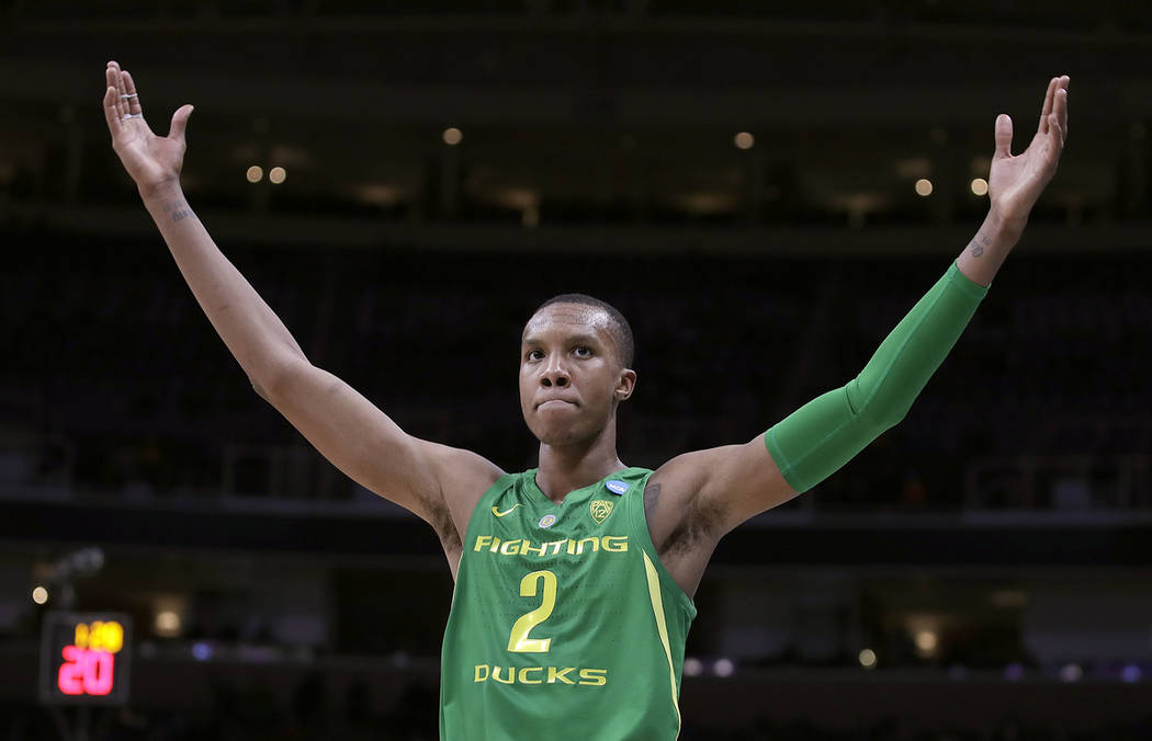 Oregon forward Louis King (2) celebrates during the second half of a first round men's college basketball game against Wisconsin in the NCAA Tournament, Friday, March 22, 2019, in San Jose, Calif. ...