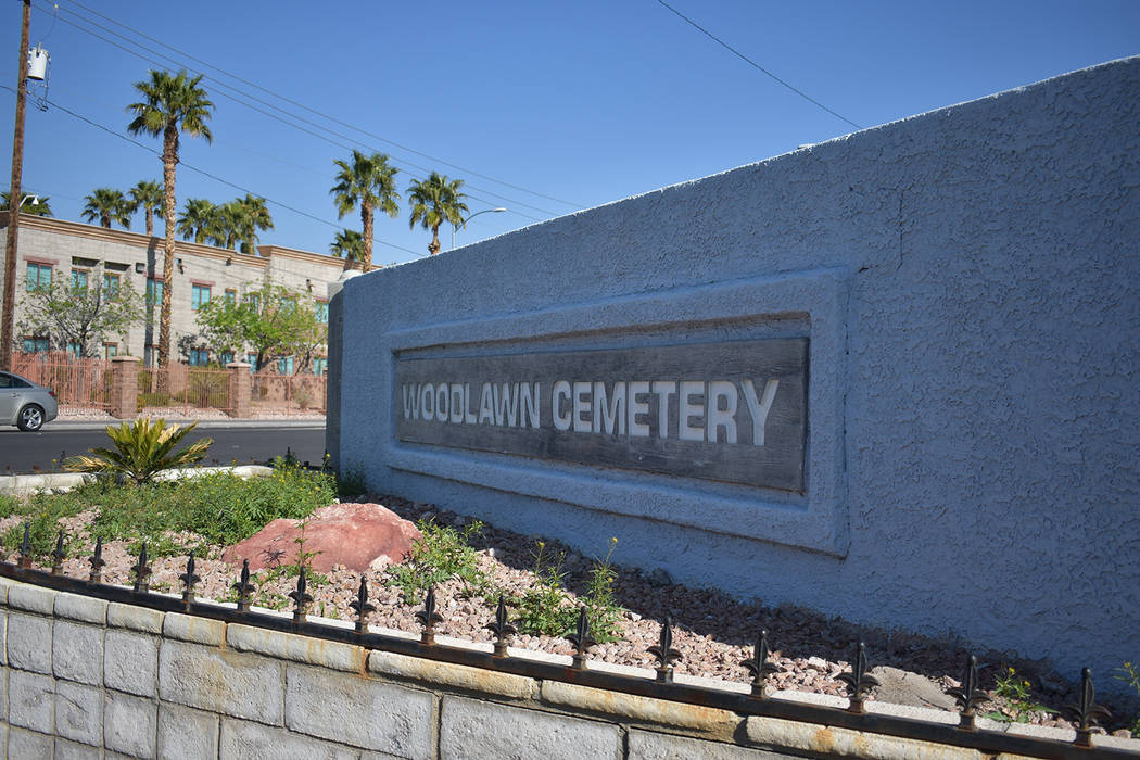 The Woodlawn cemetery sign at the entrance off Las Vegas Boulevard on Monday, March 25. Rachel Spacek/Las Vegas Review-Journal @RachelSpacek