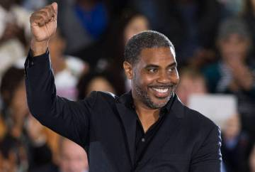 Steven Horsford waves at the crowd during a rally at Cox Pavilion on Monday, Oct. 22, 2018, in ...