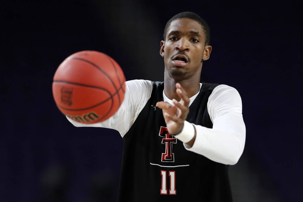 Texas Tech's Tariq Owens (11) warms up during a practice session for the semifinals of the Fina ...