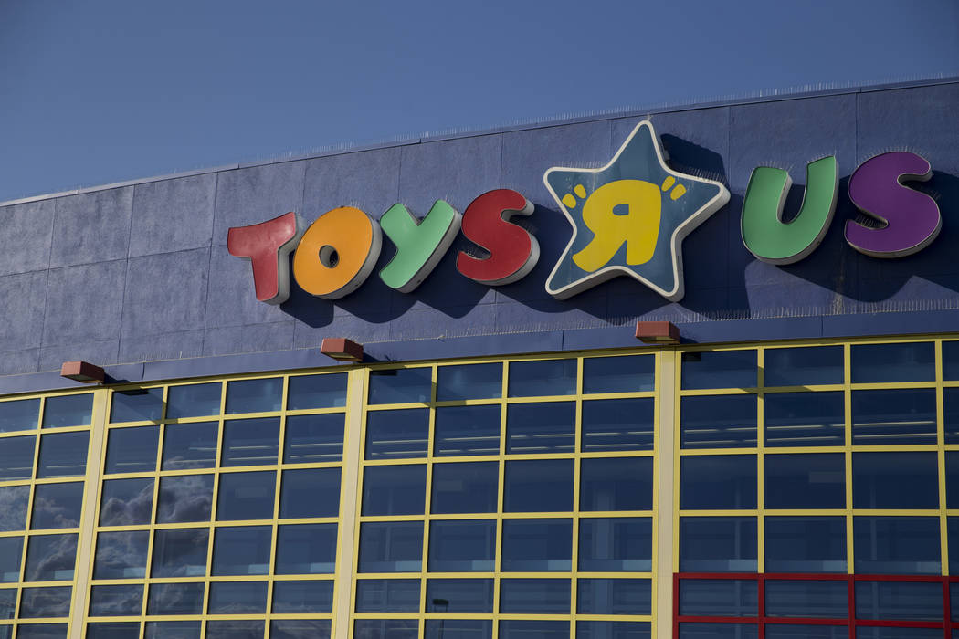 Toys R Us at 4550 Meadows Lane in Las Vegas, Wednesday, March 14, 2018. (Erik Verduzco Las Vega ...