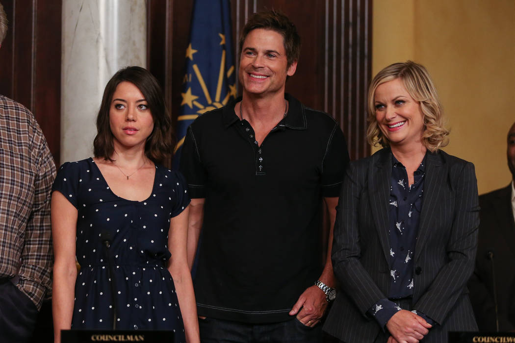 """Actors Aubrey Plaza, Rob Lowe, and Amy Poehler attend the """"Parks And Recreation"""" 100t ..."""