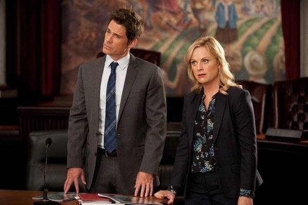 """PARKS AND RECREATION -- """"Women In Garbage"""" Episode 514 -- Pictured: (l-r) Rob Lowe as ..."""