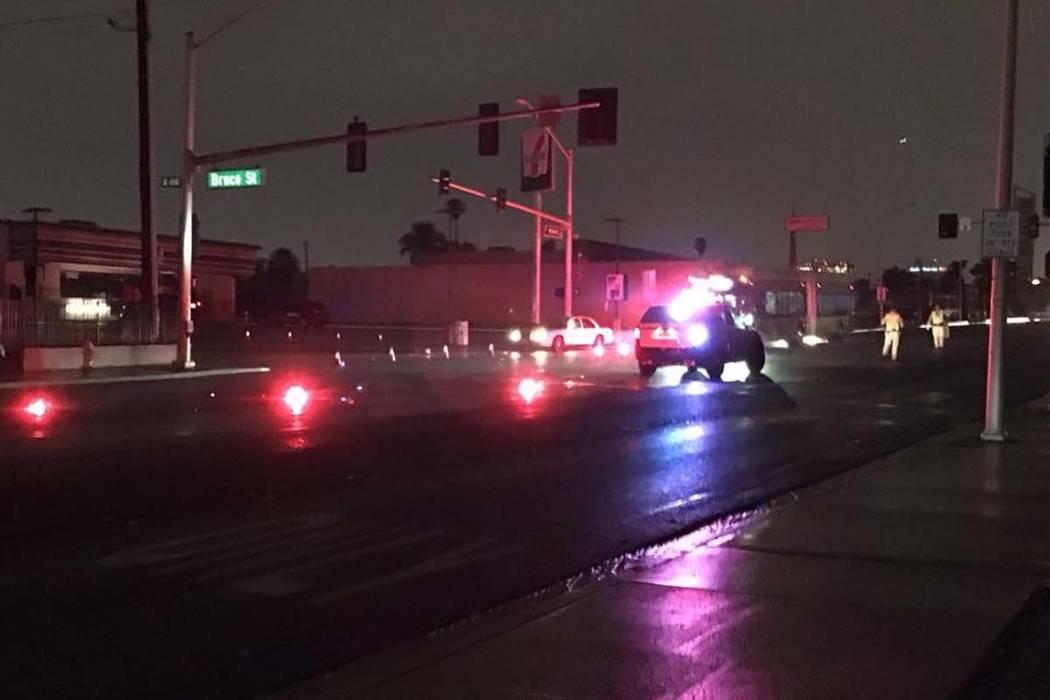 The scene near an apartment fire on Silverstream Avenue near North Rainbow Boulevard and U.S. H ...