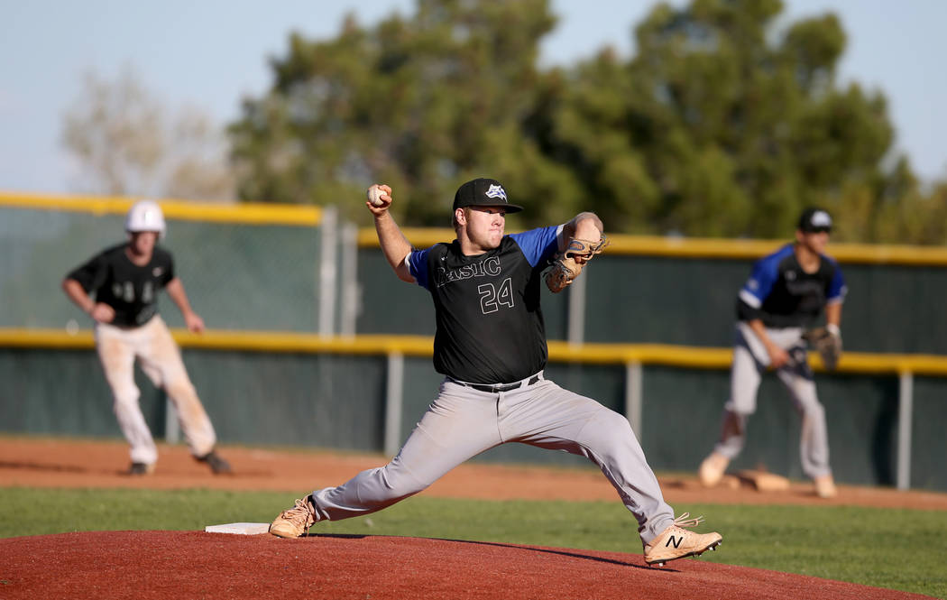 Basic pitcher Trace Evans (24) throws against Palo Verde in the seventh inning of their basebal ...