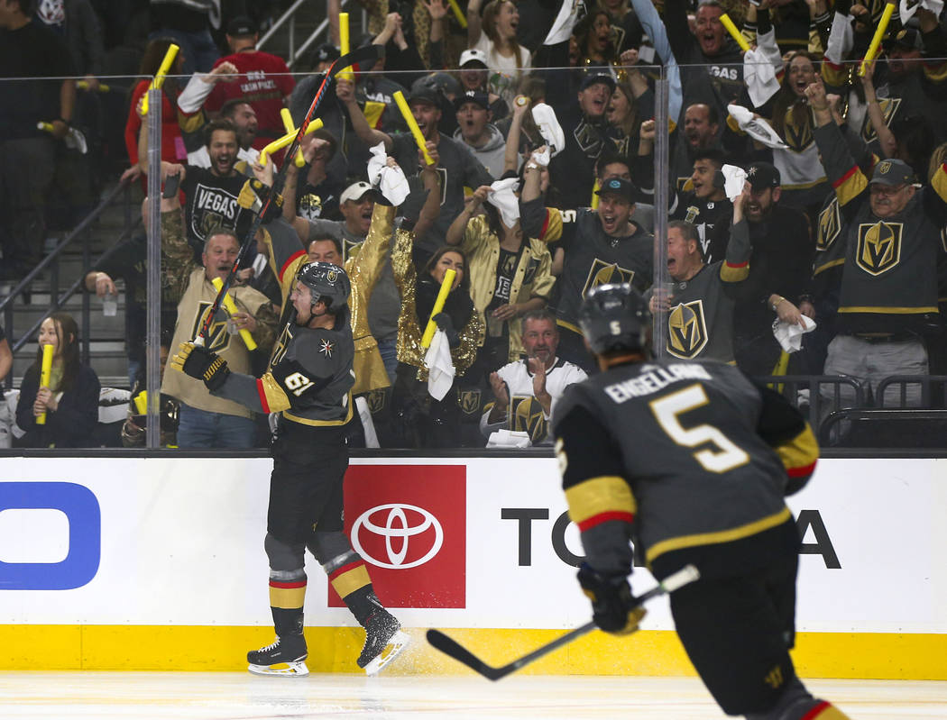 Golden Knights right wing Mark Stone (61) celebrates his goal against the San Jose Sharks durin ...