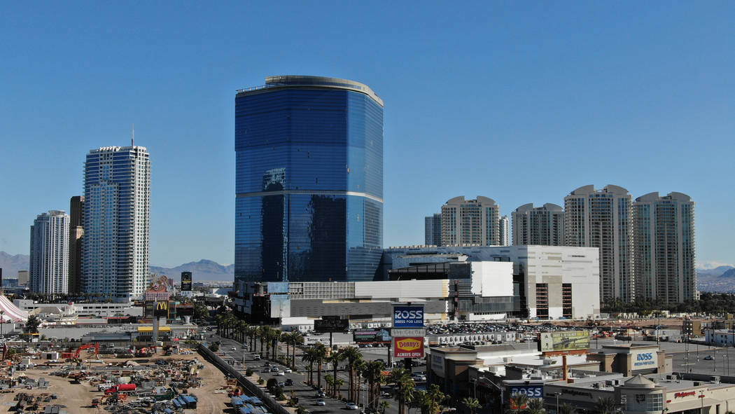 The Drew Las Vegas, center, formerly the Fontainebleau, sits unfinished on the former site of ...