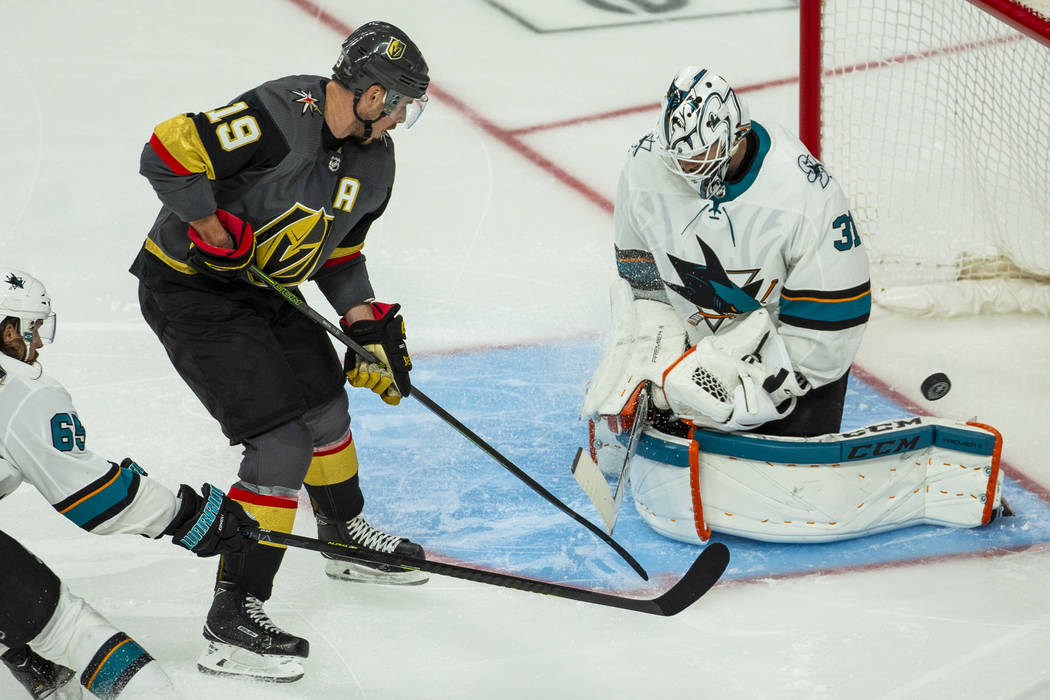 Golden Knights right wing Reilly Smith (19) just misses on a shot past San Jose Sharks goaltend ...