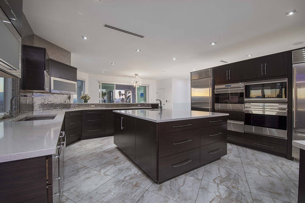 The kitchen is designed for large group gatherings. (Sotherby's International Realty, Synergy)