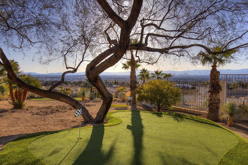 The putting green. (Sotherby's International Realty, Synergy)