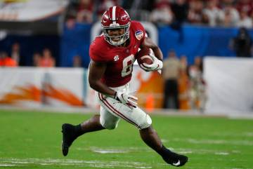 Alabama running back Josh Jacobs (8) runs the ball, during the first half of the Orange Bowl NC ...