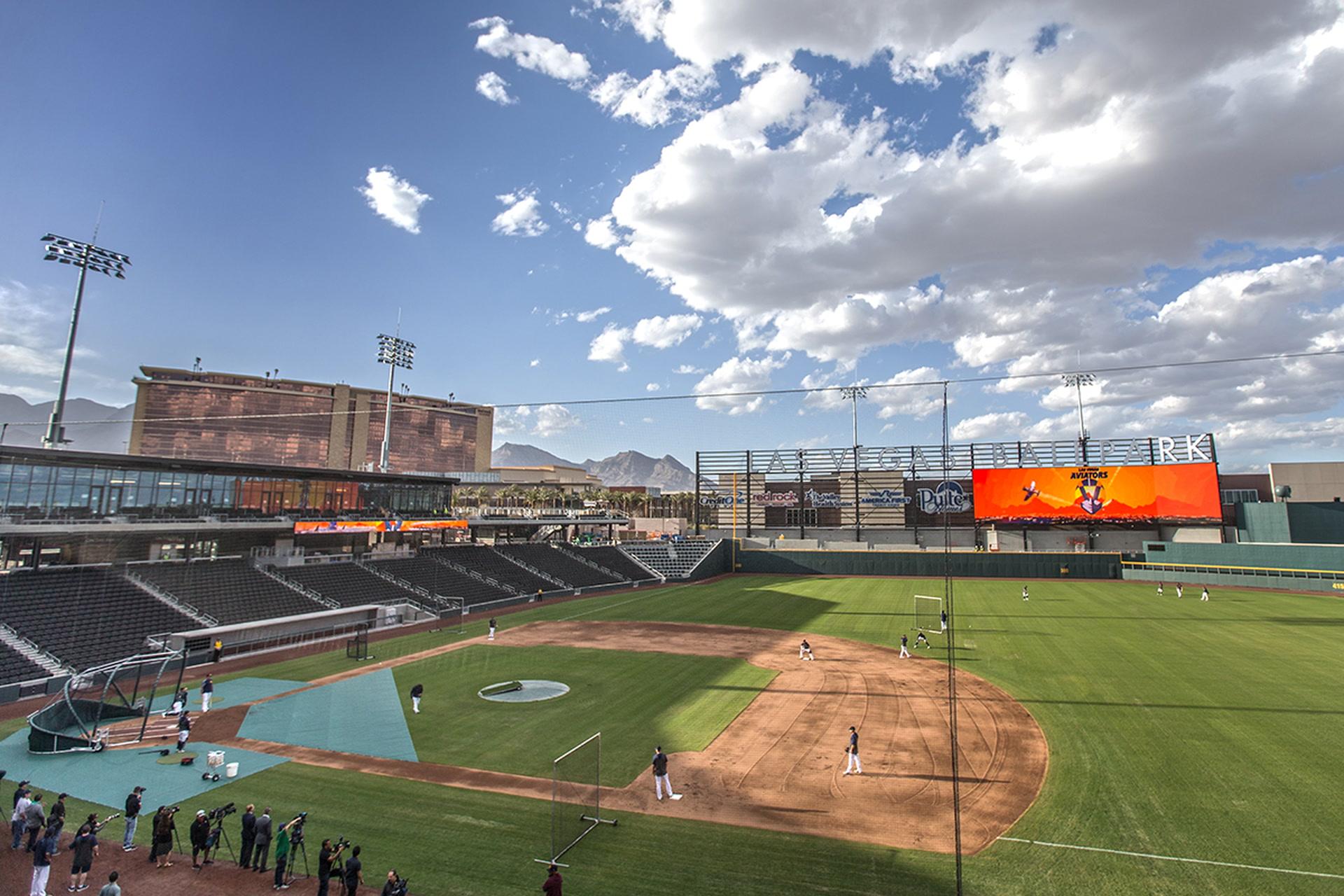 Sex in the baseball stadium video