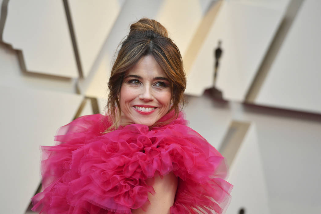 Linda Cardellini arrives at the Oscars on Sunday, Feb. 24, 2019, at the Dolby Theatre in Los An ...