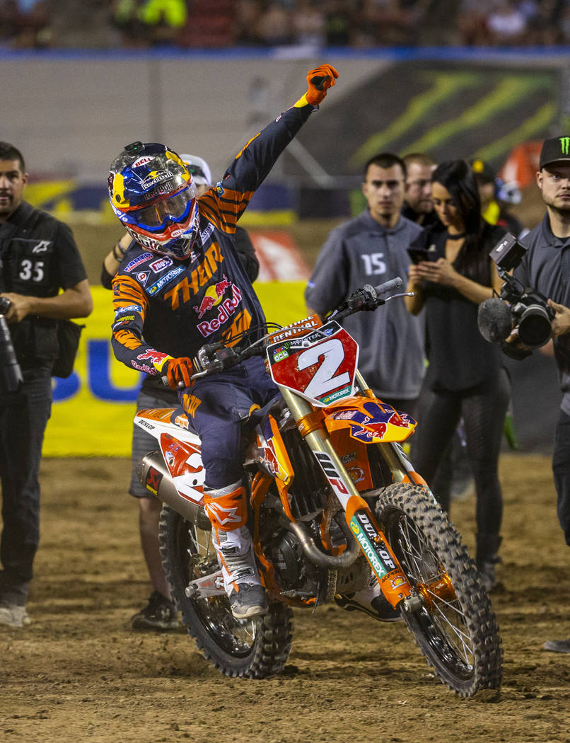 Red plate points leader Cooper Webb (2) celebrates his championship following the featured 450 ...