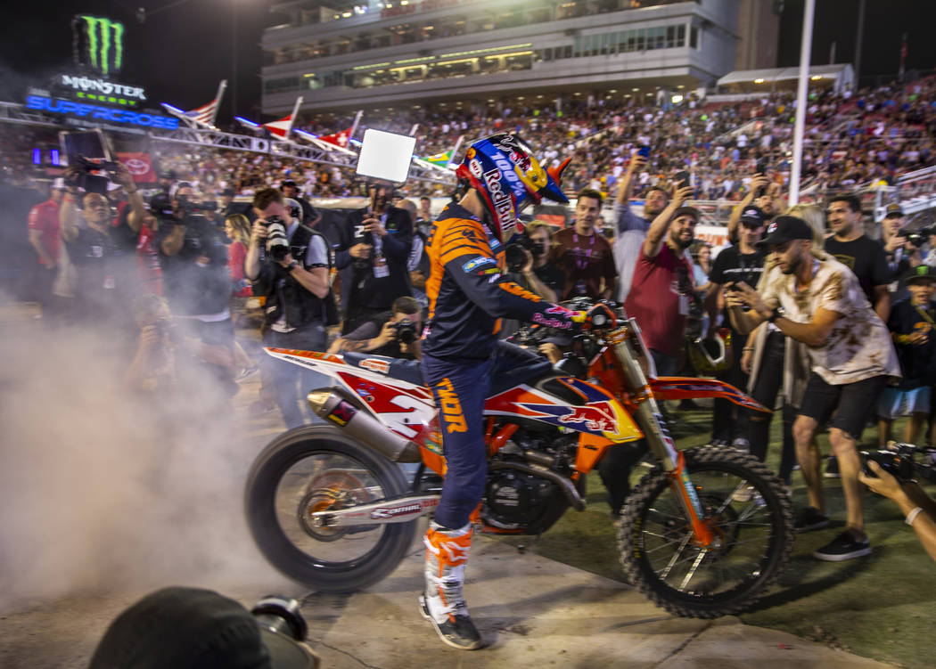 Red plate points leader Cooper Webb (2) celebrates his championship with a burnout following th ...