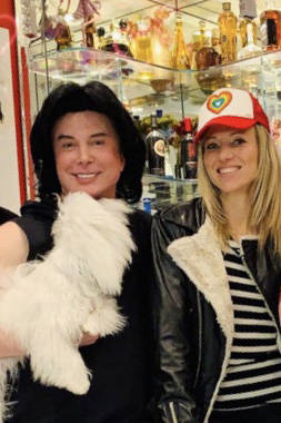 Frank Marino's guests at his Las Vegas home have included pop icon Debbie Gibson. (Frank Marino)