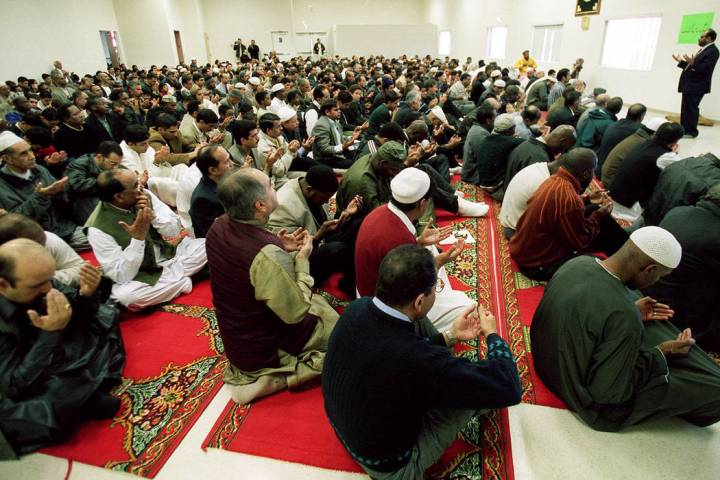 Las Vegas Muslims attend a ceremony ending Ramadan, which was held at the Jamia Masjid at 4730 ...
