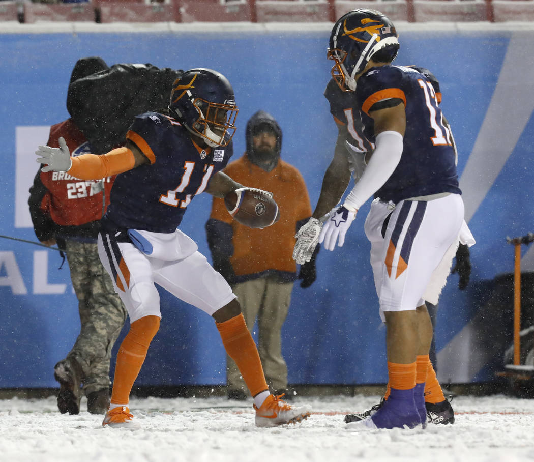 Orlando Apollos wide receiver Donteea Dye Jr. (11) celebrates scoring a touchdown with Orlando ...