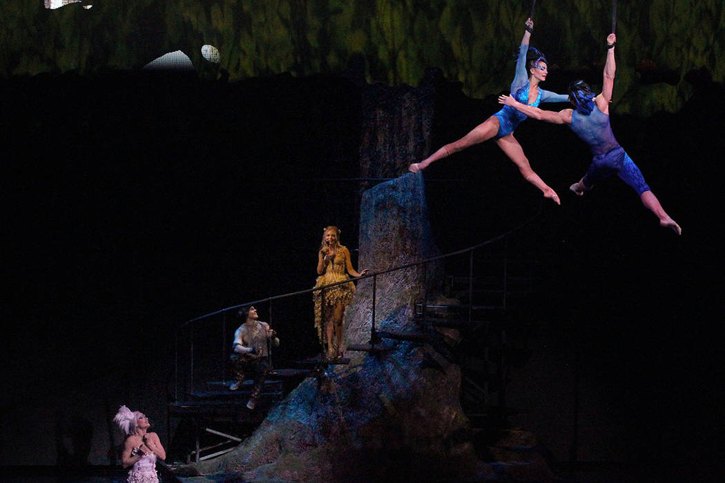 Singer-songwriter Jewel, third from left, with Cirque performers during rehearsal Thursday, Mar ...