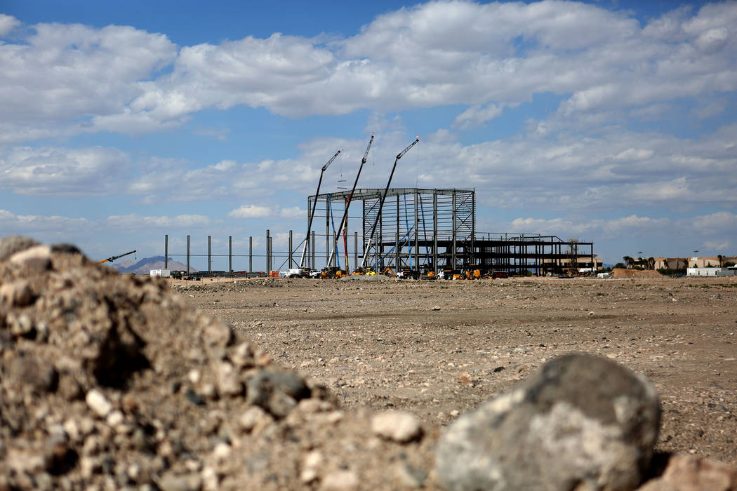 The Las Vegas Raiders 323,000 square-foot headquarters and practice facility under construction ...