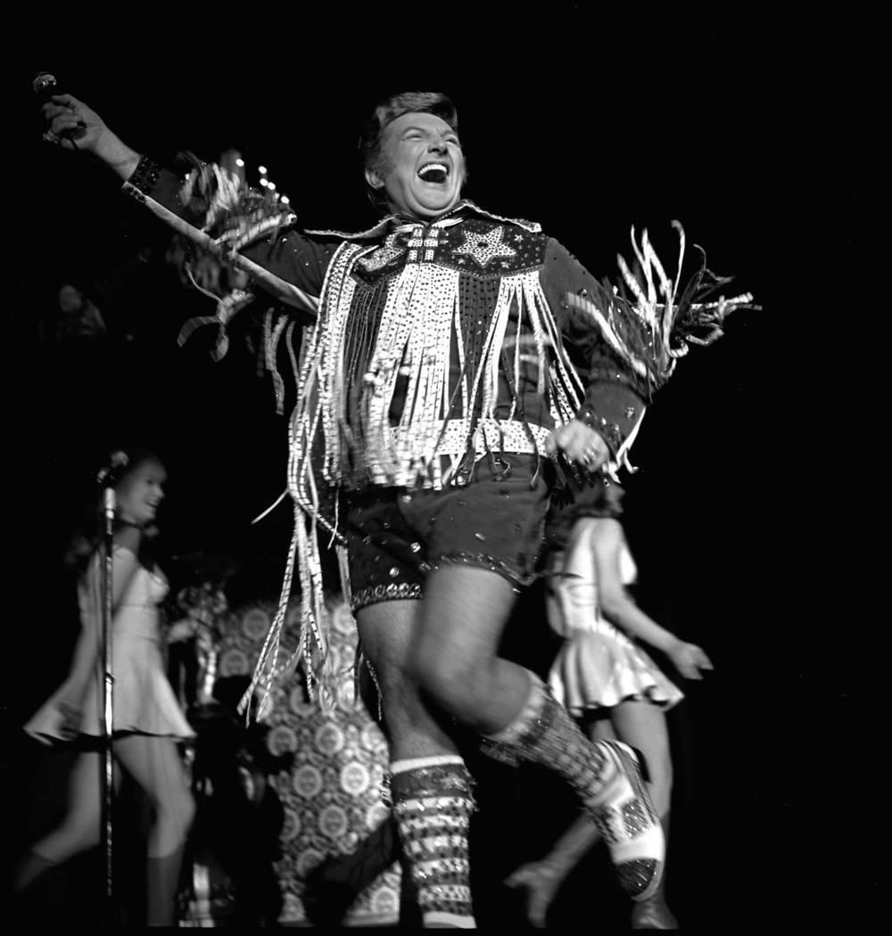 Liberace in hot pants and lederhosen on Feb. 27, 1971, at Caesars Palace. (Las Vegas News Bureau)