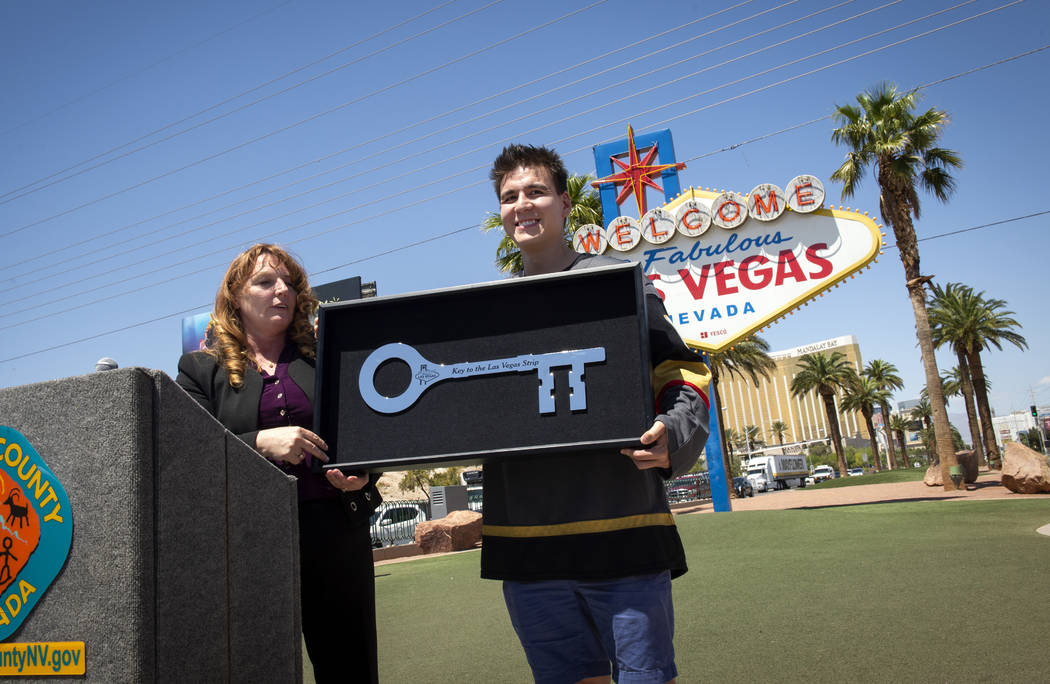 Jeopardy!' whiz James Holzhauer still must take out the