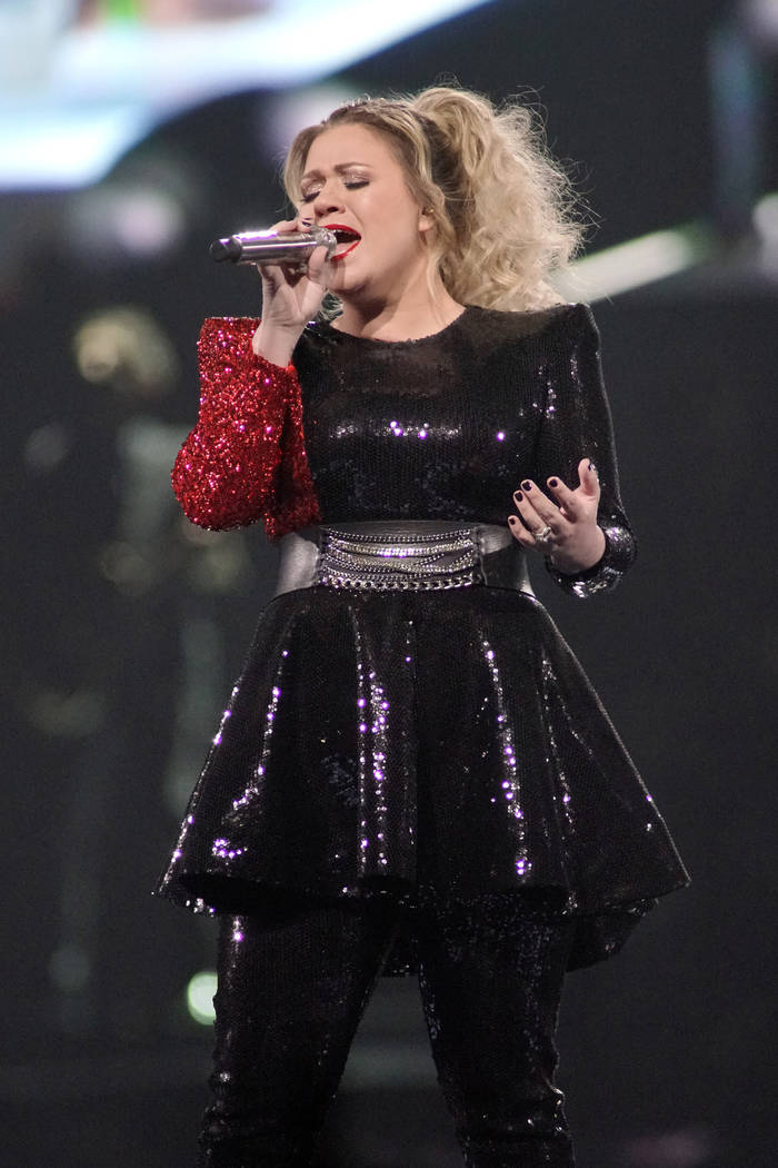 Kelly Clarkson performs onstage during the Meaning of Life tour at the Allstate Arena on Friday ...