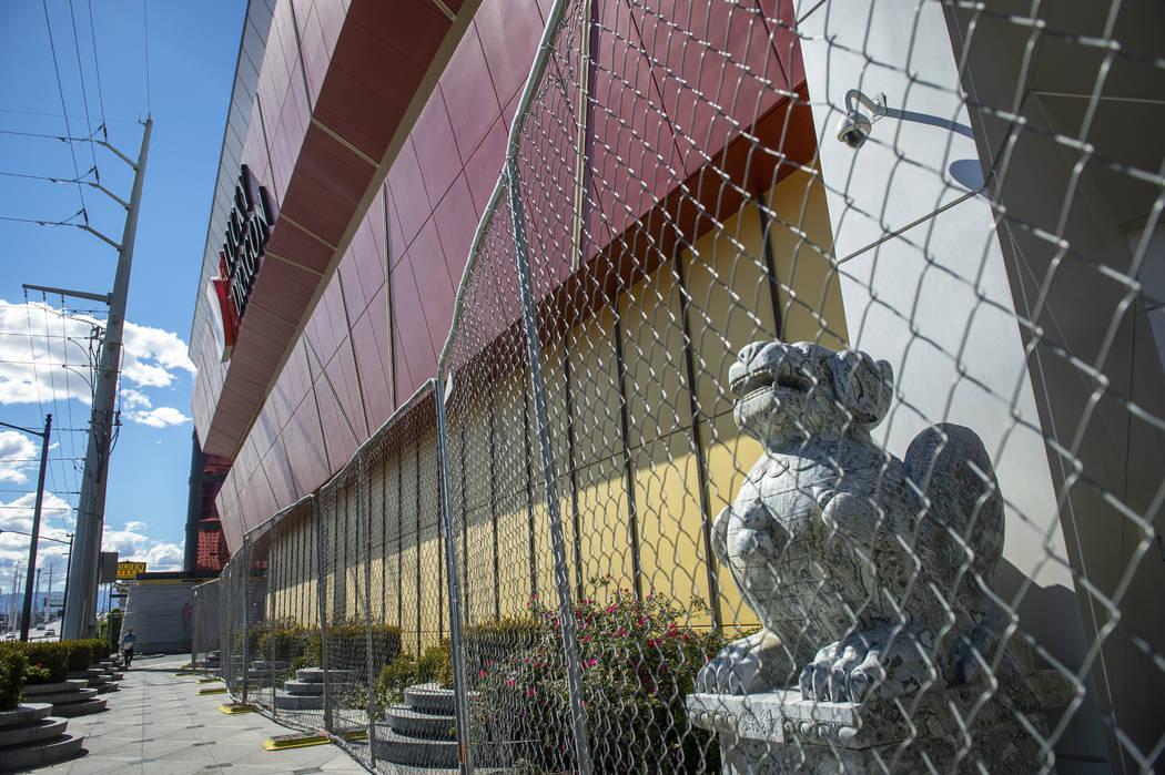 The Lucky Dragon remains closed in Las Vegas, Monday, April 22, 2019. (Caroline Brehman/Las Veg ...