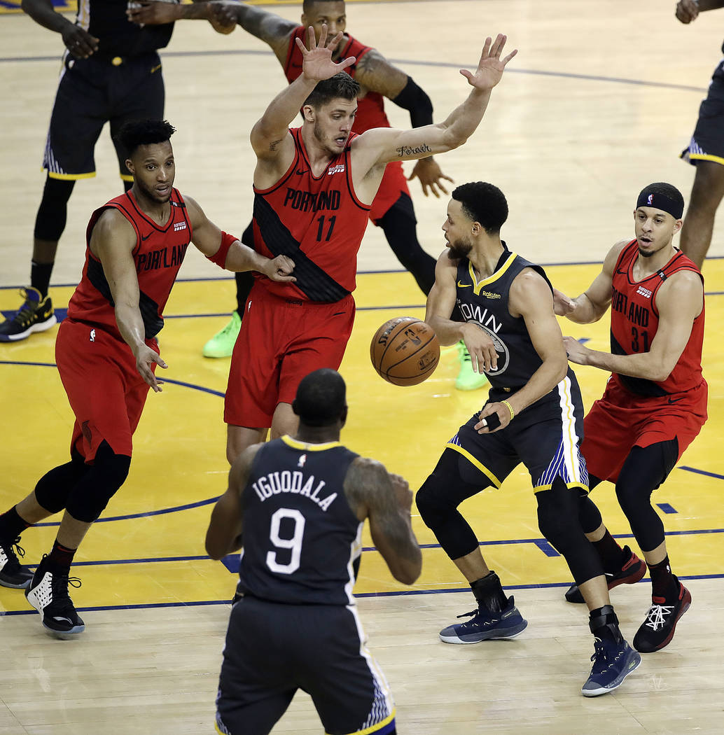 Portland Blazers Players: Warriors Scramble For Come-from-behind Win, 2-0 Series
