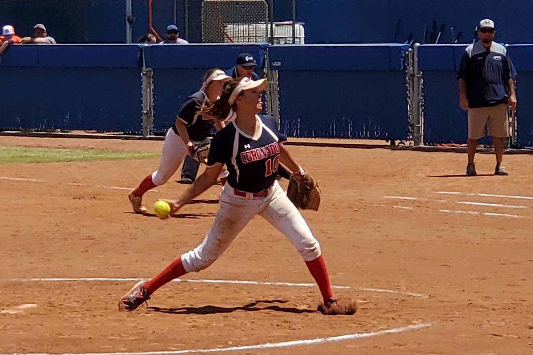 Coronado sophomore Sydney Smith delivers a pitch during the Class 4A state championship at Bish ...