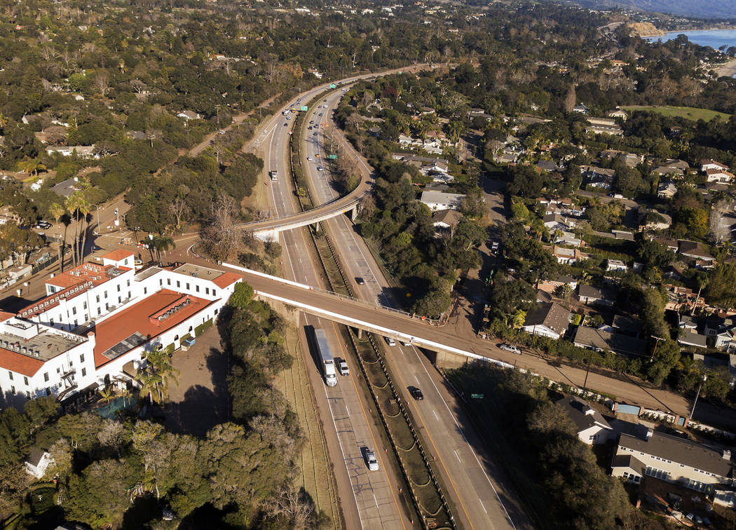 FILE - This Jan. 22, 2018 file photo from a news agency drone shows U.S. Highway 101 open to ve ...