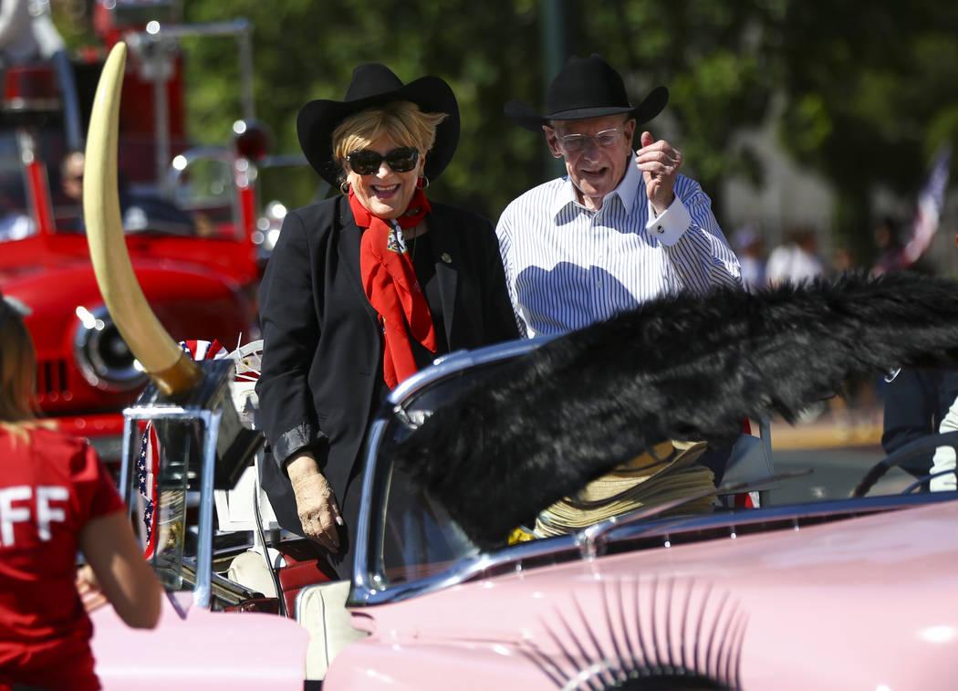 Mayor Carolyn Goodman, left, with husband Oscar Goodman before the start of the Helldorado Para ...