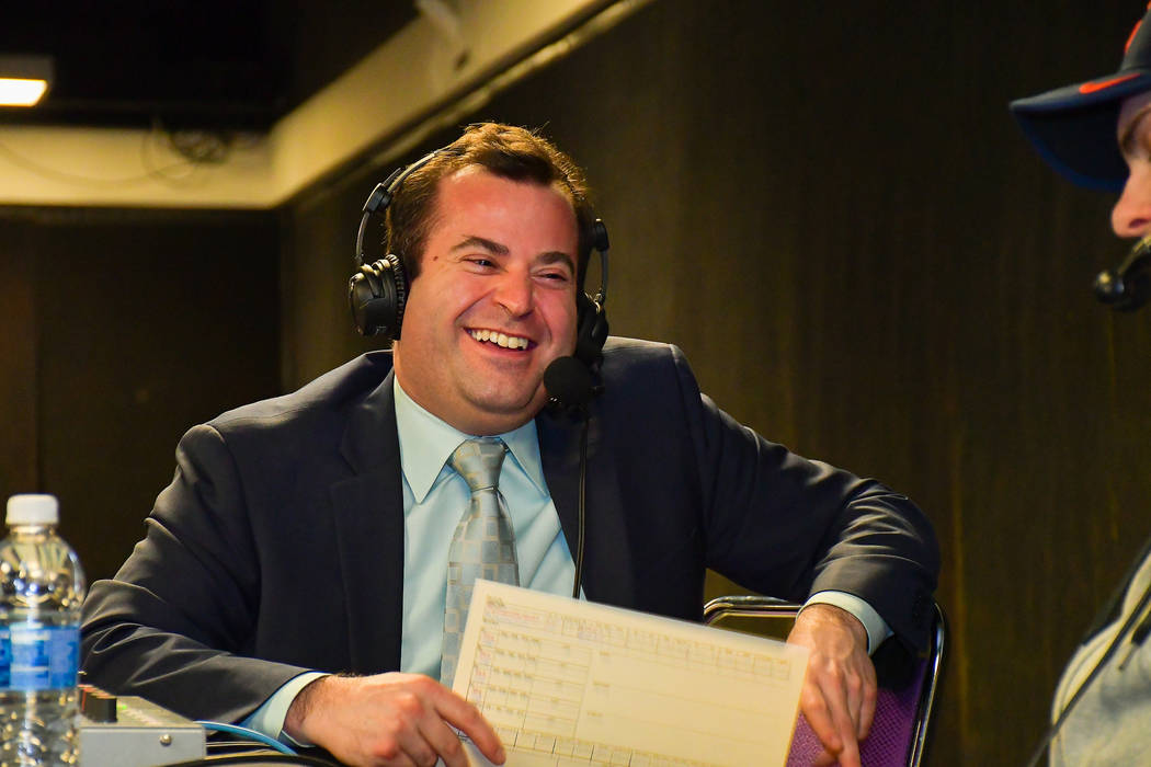 Dan D'Uva will call Wednesday's playoff game for the Chicago Wolves. (Syracuse Crunch)