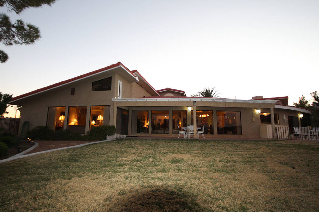 Mal Farmer rebuilt and expanded the 1978 home in 1989.