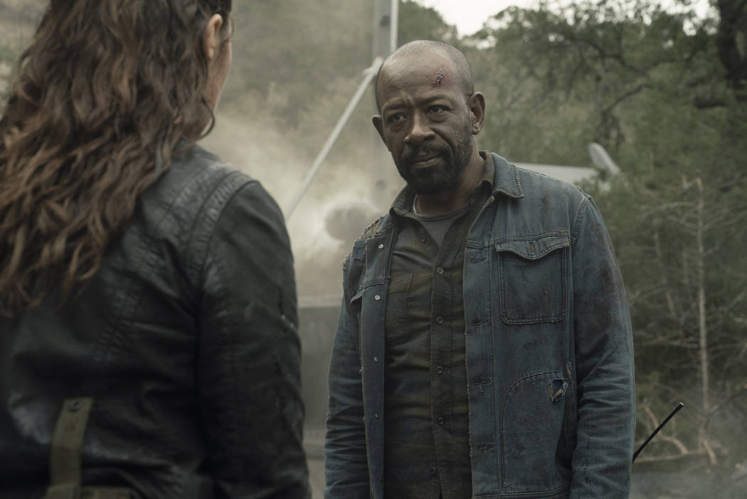 Alycia Debnam-Carey as Alicia Clark, Lennie James as Morgan Jones - Fear the Walking Dead ...