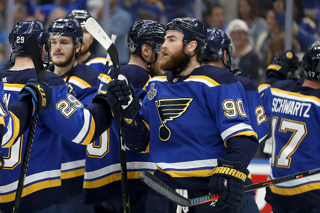 outlet store b80aa f086a Blues top Bruins in Game 4, even Stanley Cup Final at 2-2 ...