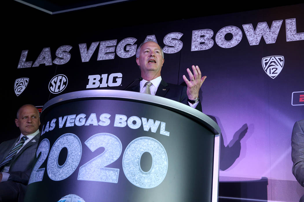 Christmas Holiday Boise 2020-2022 Las Vegas Bowl has new deal with Pac 12, Big Ten, SEC — VIDEO