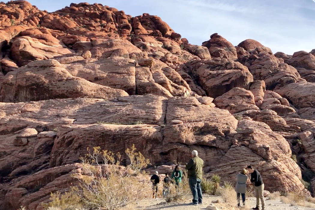 The scenic loop at the Red Rock Canyon National Conservation Area west of Las Vegas. (Rio Lacan ...