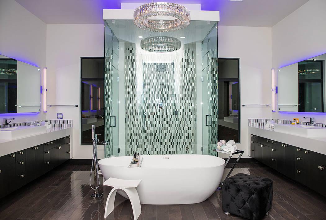 Tonya Harvey Real Estate Millions The master bath.