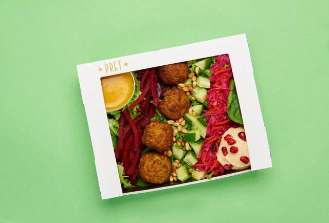 Vegan Mediterranean Mezze Salad. (Pret HMSHost)