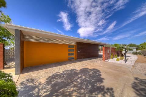 Las Vegas Realtor Hayden Ross finds Las Vegas midcentury homes to remodel. (Realty One Group)
