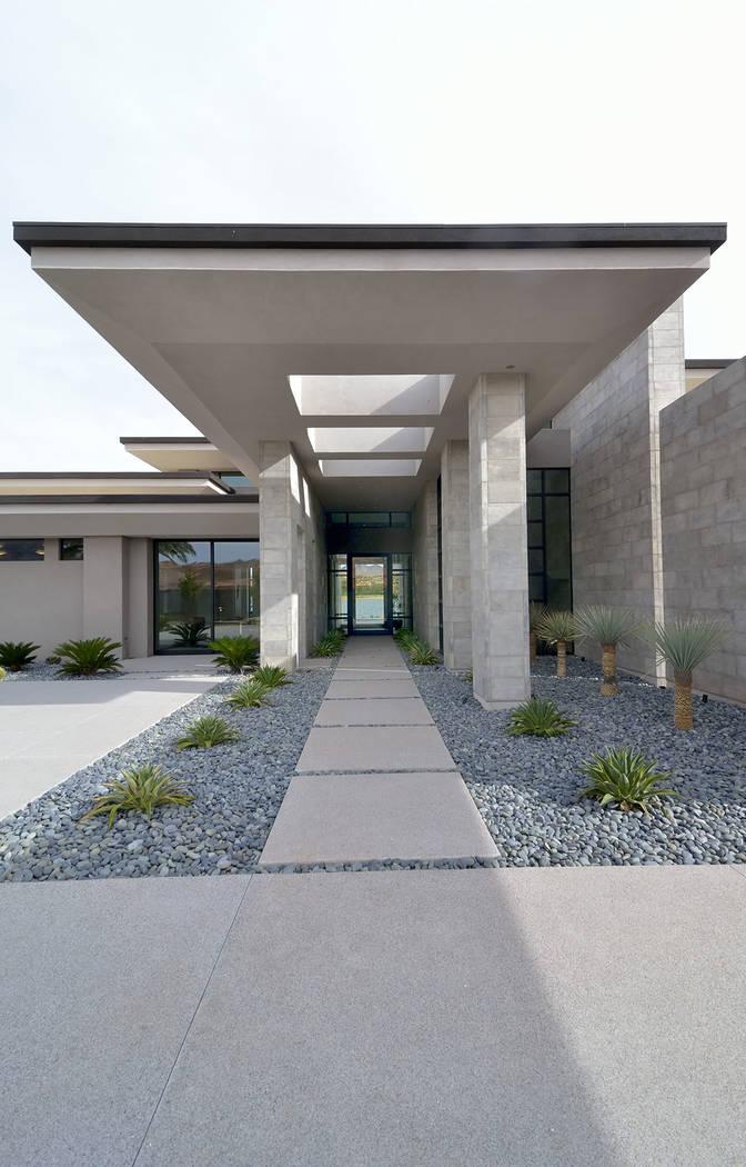 Merlin Contracting built the Lake Las Vegas show home, Water's Edge. (Bill Hughes Real Estat ...