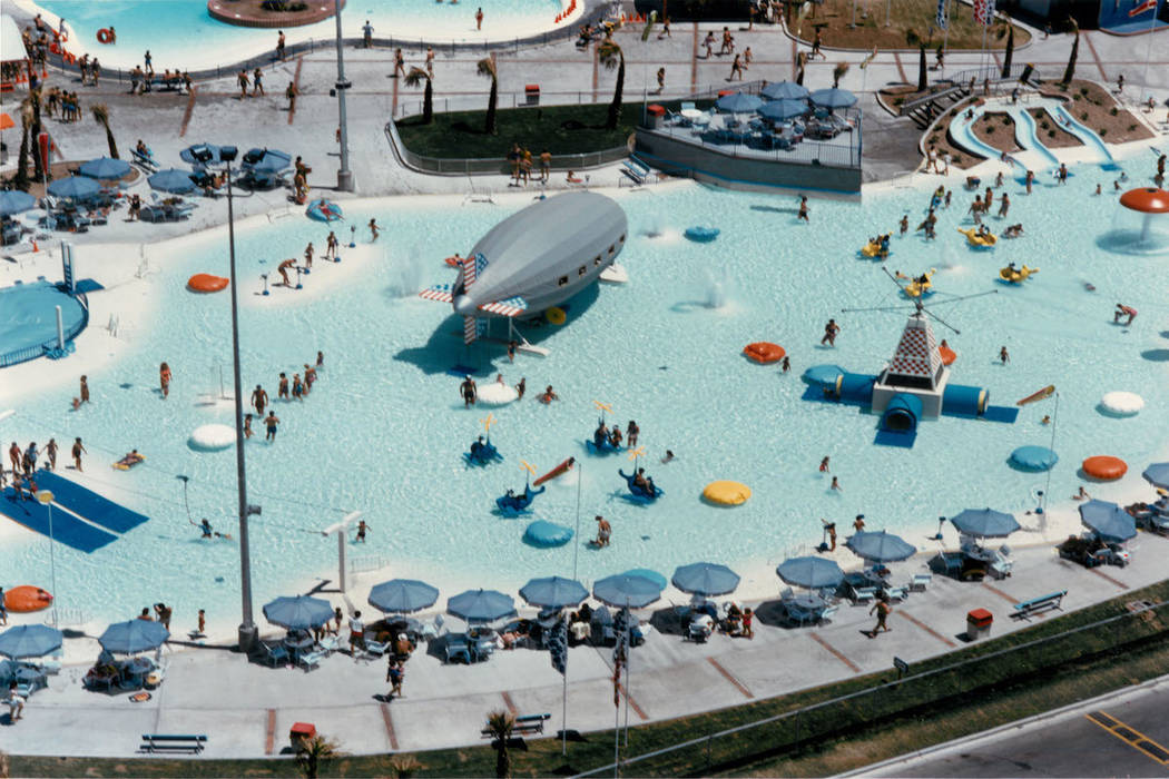 Crowds enjow the water and sun at Wet'n'Wild on Las Vegas Boulevard in 1988. (Las Vegas Review- ...