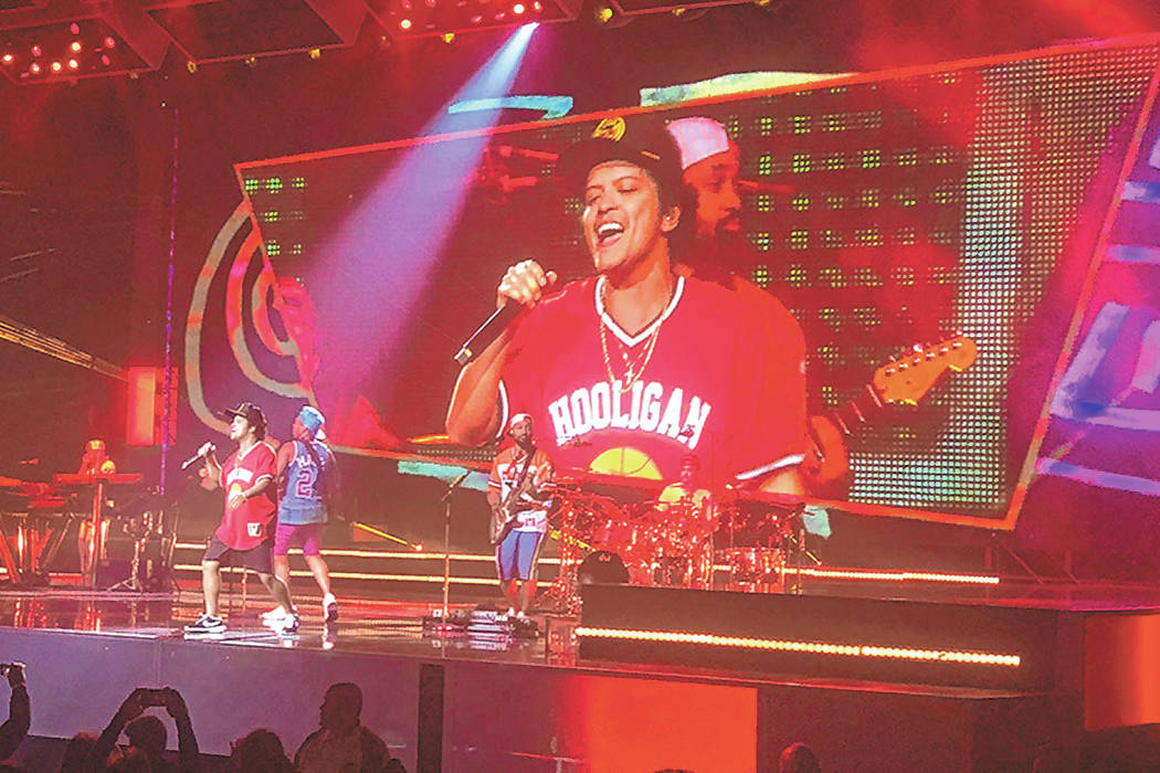 John Katsilometes Las Vegas Review-Journal @johnnykats Bruno Mars performs on the Las Vegas St ...