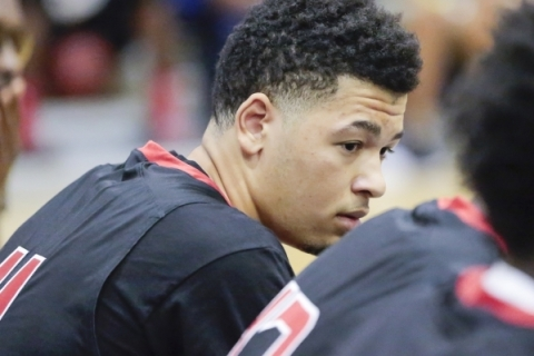 Mo Williams Elite team member, Skylar Mays (11) listens to the his coach during the Fab 48 t ...