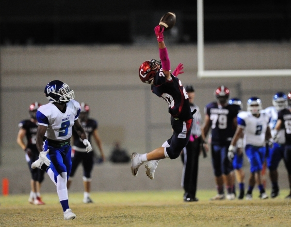 Coronado Cougars wide receiver Justin Serafino (20) is unable to make a catch as Green Valle ...