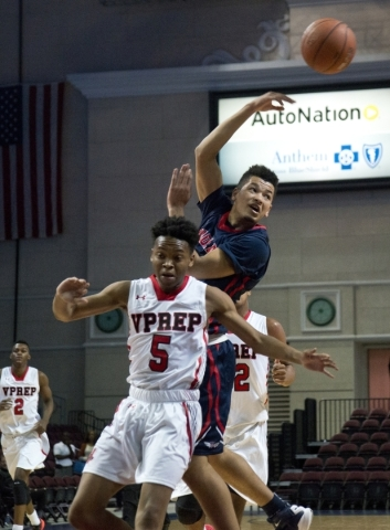 Findlay Prep's Skylar Mays (4) passes the ball after being stopped by Victory Prep&lsq ...